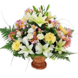 Букет из роз, лилий, гербер и альстромерий Ялта
